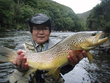 Massy - fly fishing Mohaka river landed this fantasic brown trout
