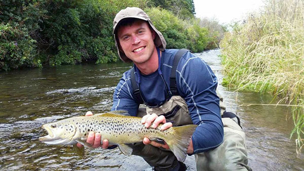Tim Releases his first ever caught Tongariro River Brown Trout